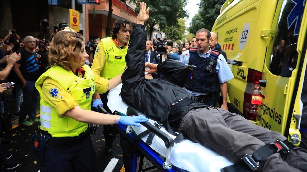 El Govern eleva a 761 los heridos en cargas policiales