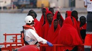 Inmigrantes rescatados de una patera llegados a Málaga el pasado día 8 de agosto.