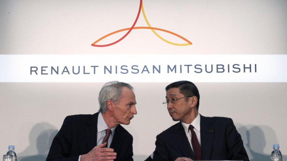 Jean-Dominique Senard (izquierda) e Hiroto Saikawa, CEO de Nissan.