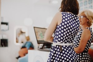 Puedes contratar a aun familiar en tu negocio como autónomo colaborador.