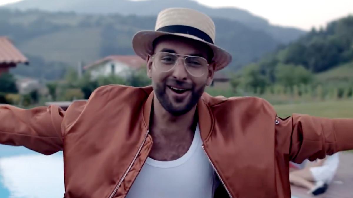 Juan Antonio ('OT 2017') en el videoclip de 'No te echo de menos', su primer single.