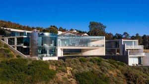 Razor House.