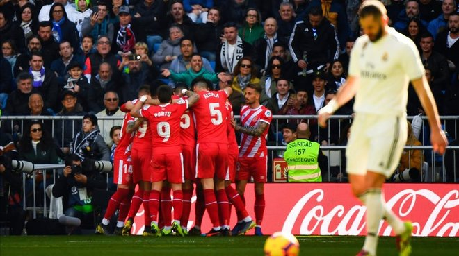 Los jugadores celebran el gol de penalti que suponía el 1-1.