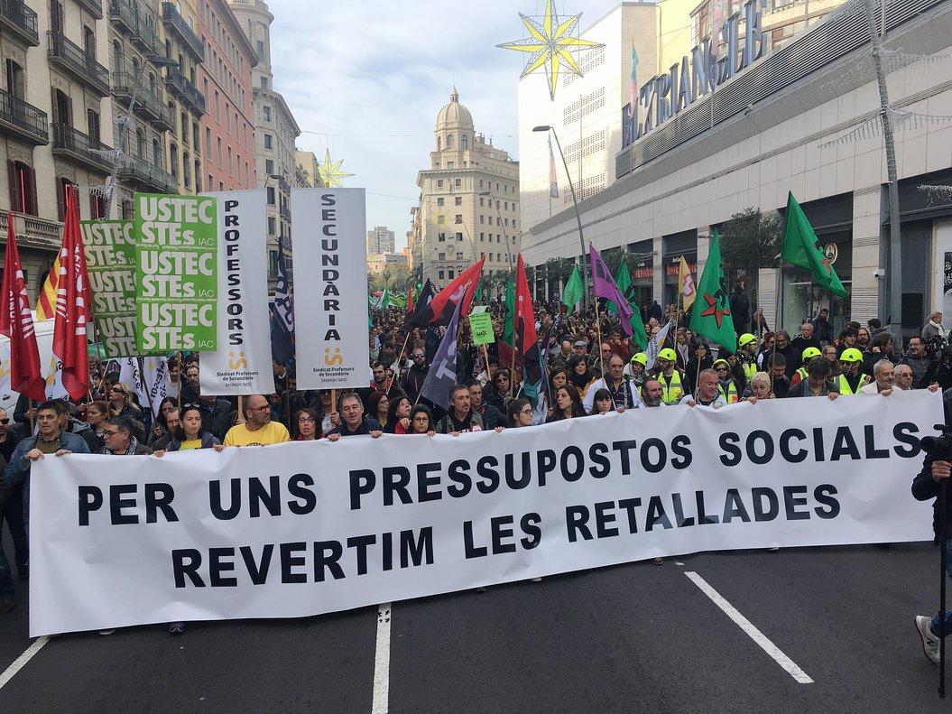 Manifestación del sector público catalán contra los recortes.