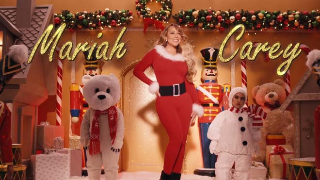 Mariah Carey estrena nuevo videoclip de 'All I want for Christmas is you'.