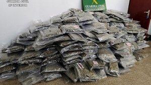 Marihuana decomisada por la Guardia Civil.