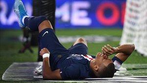 Mbappé, lesionado muscularmente en el aprtido ante el Toulouse.