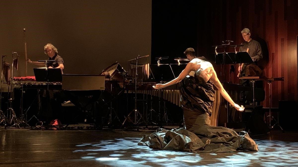 Un momento del espectáculo de homenaje a Martha Graham en el Auditori