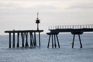 Badalona haurà d'enderrocar la plataforma del pont del Petroli