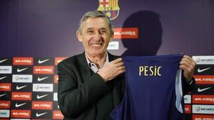 Presentación de Svetislav Pesic como nuevo entrenador del FC Barcelona de baloncesto.