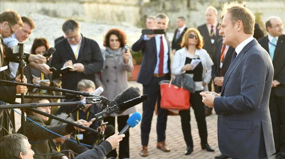 El presidente del Consejo Europeo, Donald Tusk, a su llegada a la Valeta, capital de Malta, para la reciente cumbre europea.