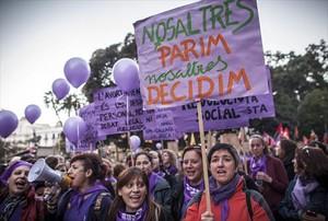 Protesta en Valencia, en marzo del 2014, contra la reforma de la ley del aborto.
