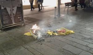 """Ciutadans denuncia la crema d'una bandera espanyola a Mataró per part de joves de l'""""esquerra radical independentista"""""""