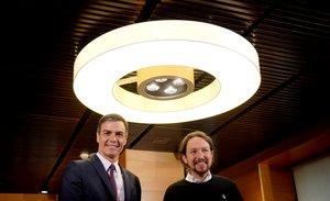 Iglesias ve en el pacto valenciano el preludio de una coalición con Sánchez
