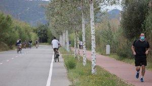 Viladecans cedeix espai a bicis i vianants els pròxims 10 diumenges al Camí del Mar