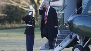 Trumpllegacon el helicóptero presidencial a la Casa Blanca.
