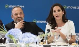 Javier Gutiérrez y Malena Alterio, en la presentación de la serie de Movistar + Vergüenza, de laque son protagonistas.