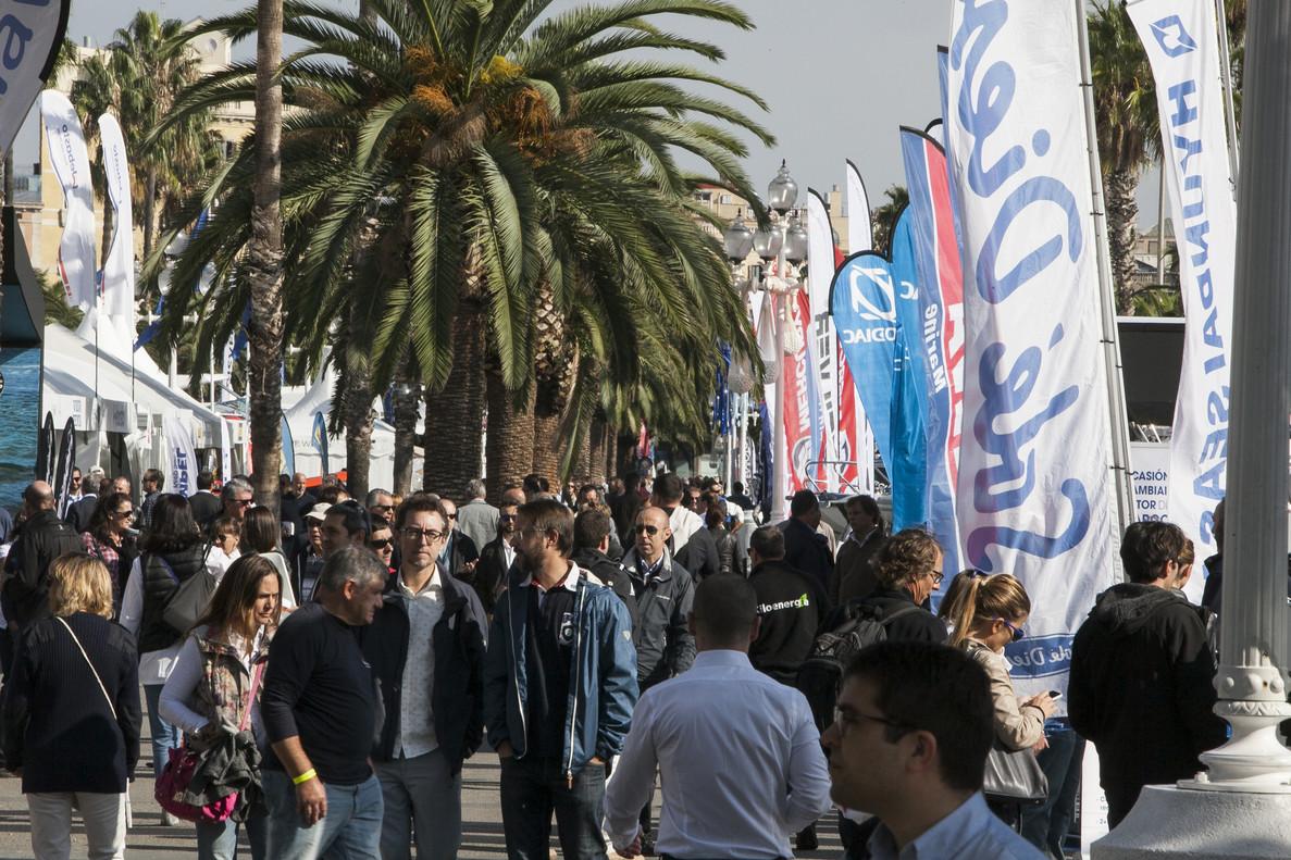 Visitantes de la muestra del Salón Naútico de Barcelona durante la edición del 2015.