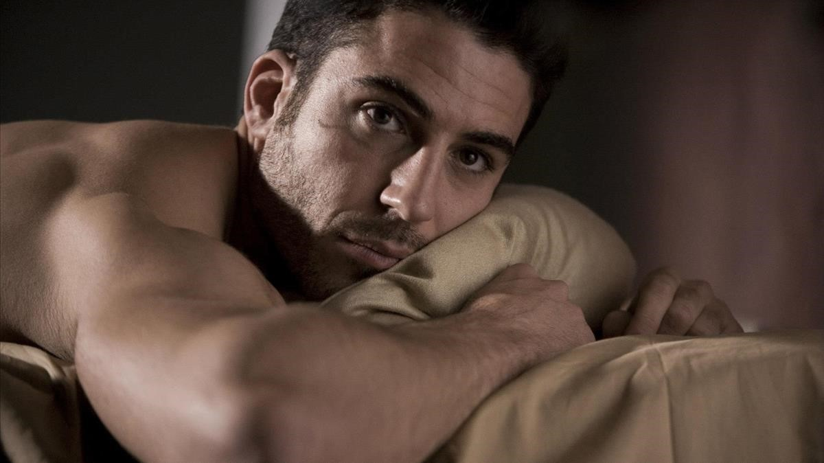 Miguel Ángel Silvestre, en la serie Sense8, de la plataforma Netflix.