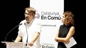 El líder de Catalunya en Comú,Xavier Domènech, y la portavoz de la formación, Elisenda Alamany.