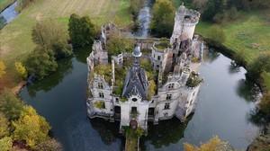 El castillo deMothe-Chandeniers que va a ser comprado y restaurado gracias a una campaña de 'crowdfunding'.