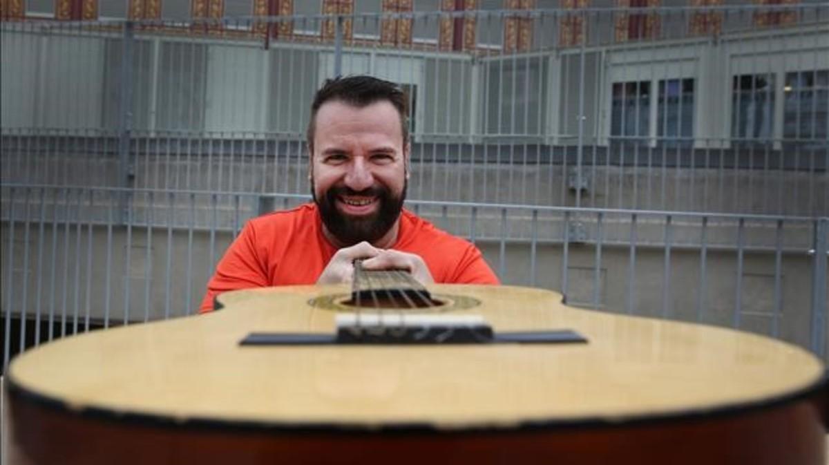 "José Ramírez Abeleira: ""Mi única seguridad es que he nacido para cantar"""
