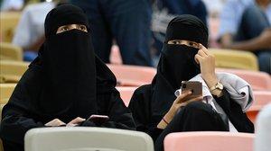 L'Aràbia Saudita torna a separar les dones a les grades després de la Supercopa
