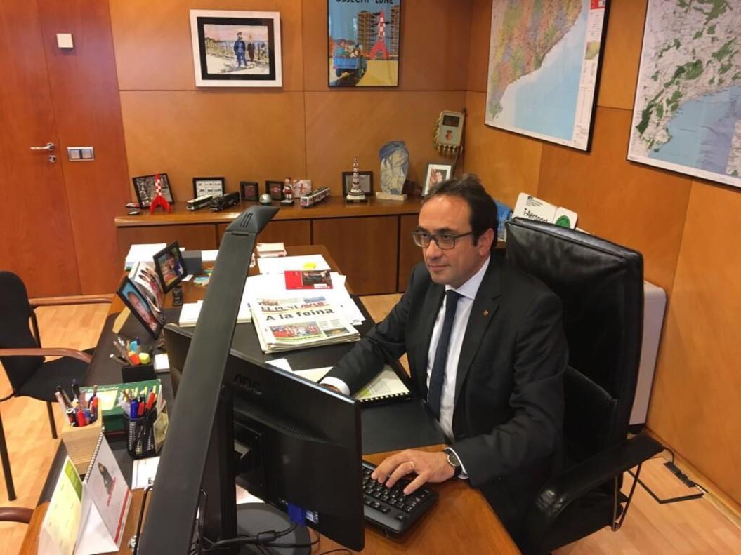 Josep Rull, en su despacho, según su cuenta de Twitter.