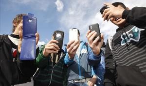 zentauroepp21311319 23 01 2013 castellon adolescentes utilizando las redes s171102203318