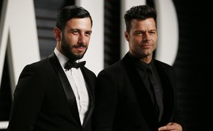 89th Academy Awards - Oscars Vanity Fair Party - Beverly Hills, California, U.S. - 27/02/17 â Singer Ricky Martin (R) and Jwan Yosef. REUTERS/Danny Moloshok