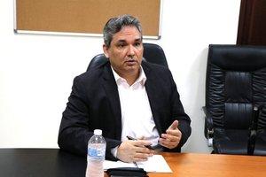 Defensor del Pueblo Alfredo Castillero Hoyos.