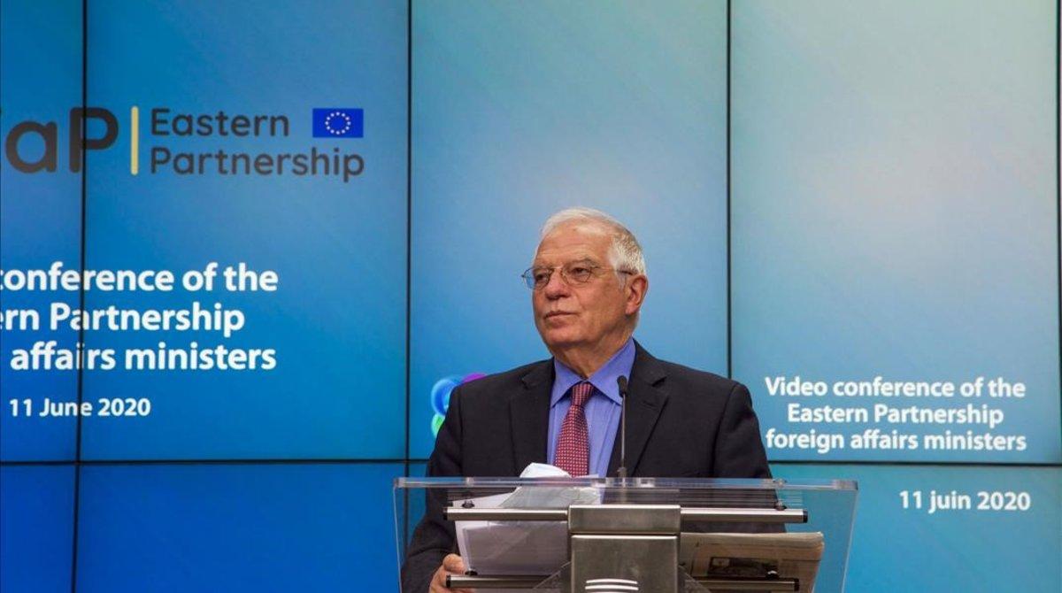 El alto representante de la UE para Política Exterior, Josep Borrell, en una videoconferencia, el pasado julio.