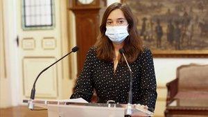 La alcade de A Coruña, Inés Rey, durante una rueda de prensa este martes