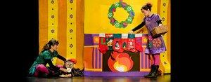 Sant Boi acull l'espectacle de teatre i titelles 'Contes de Nadal de les Germanes Baldufa'