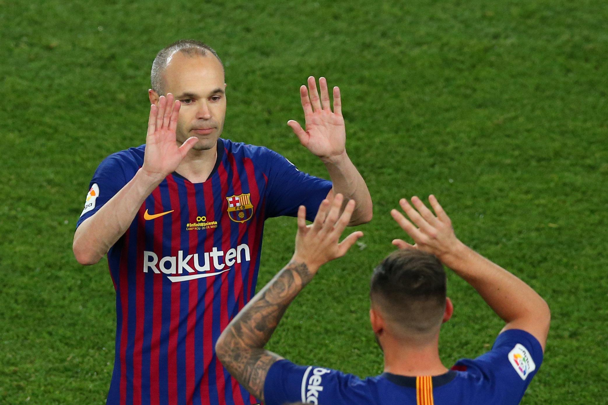 El Barça gana a la Real Sociedad en la despedida de Iniesta (1-0)