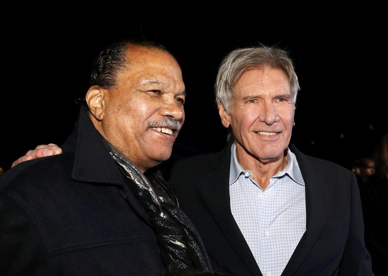 Billy Dee Williams y Harrison Ford, en el estreno de 'Star Wars: El despertar de la fuerza, en Hollywood, en el 2015.