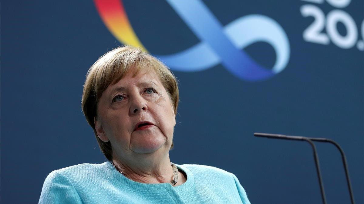 La cancillera alemana y presidenta de turno de la UE, Angela Merkel, en rueda de prensa este miércoles.