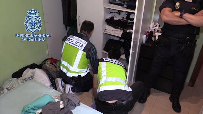Cop a Barcelona a un grup de menors ciberdelinqüents | Vídeo