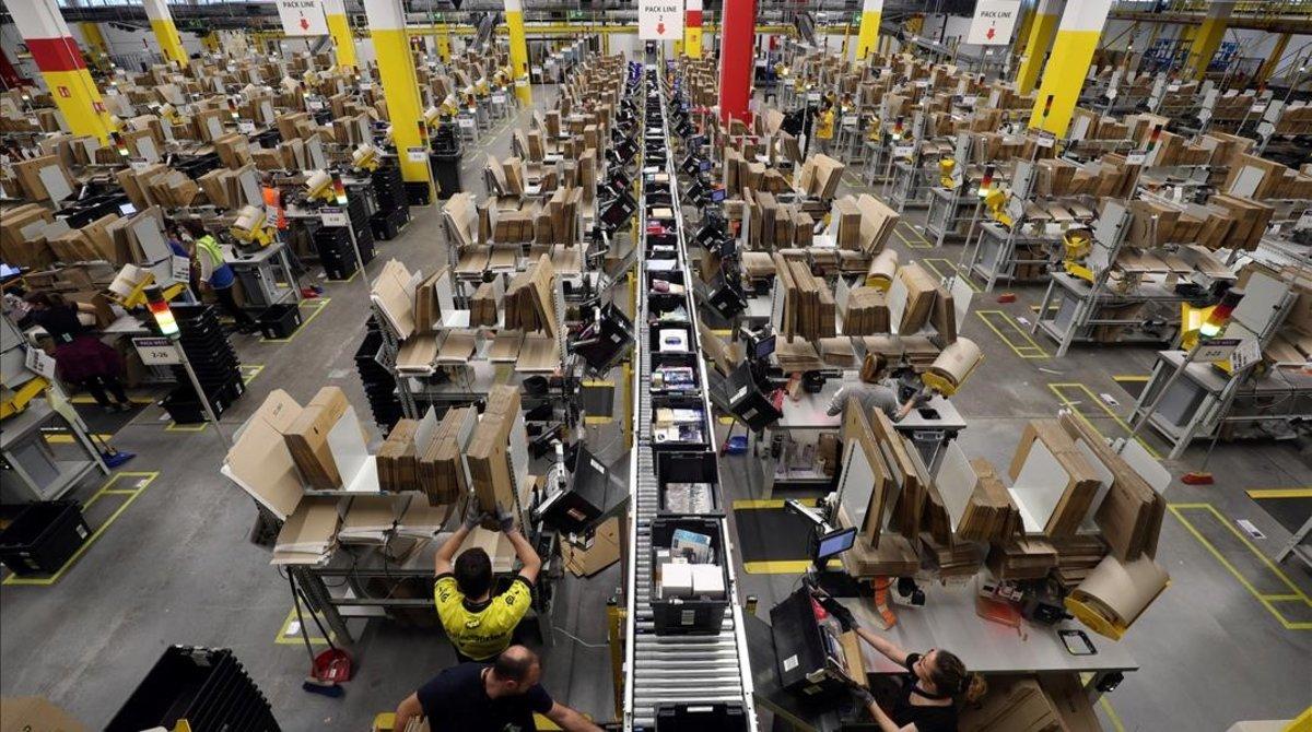 Amazon vende su centro logístico en Barcelona