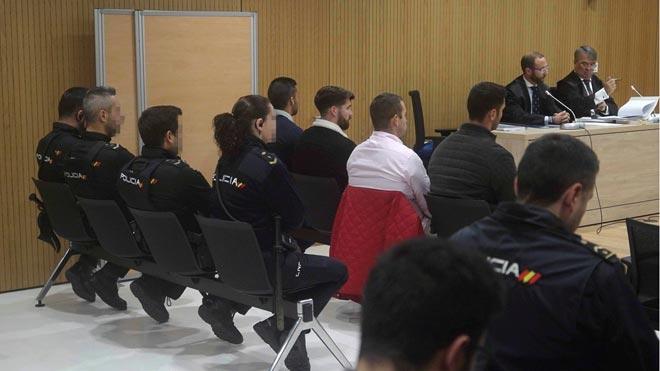 Comienza el juicio contra miembros de La Manada por abusos en Pozoblanco.
