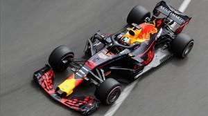 Daniel Ricciardo y su Red Bull-Renault, durante el GP de Mónaco de F-1.