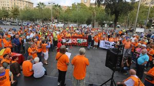 """Els jubilats es manifesten a tot Espanya per unes pensions vinculades a l'IPC """"real"""""""