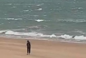 """""""Pedazo de moro"""" y """"capullo"""": la Guardia Civil investiga un vídeo racista grabado desde una de sus garitas"""
