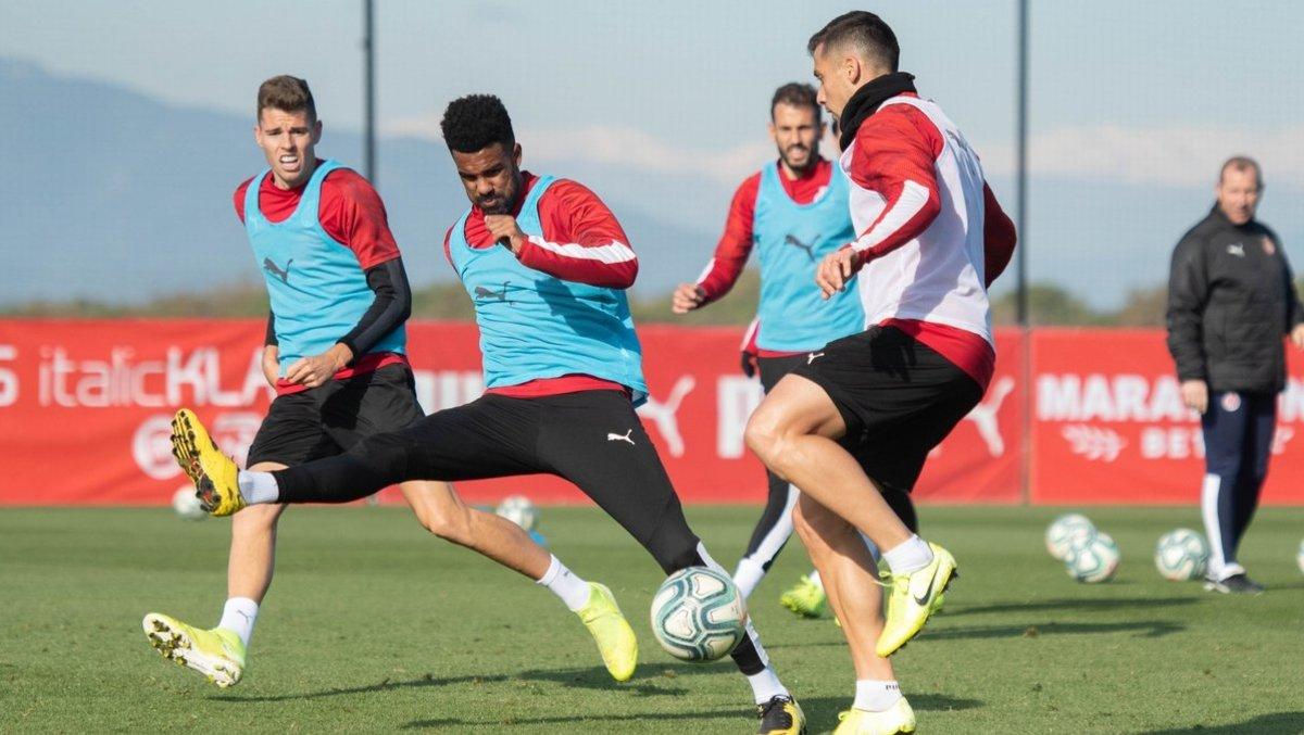 Gumbau, Ramalho, Stuani y Granell, en un entrenamiento del Girona.