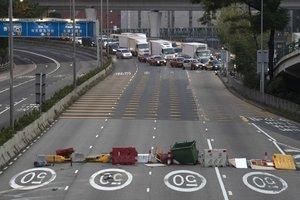 Grupos de manifestantes bloquearon la autopista Tolo.