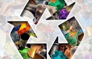El icono de gestión de residuos de reciclaje