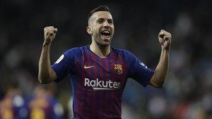 Jordi Alba renueva para el FC Barcelona
