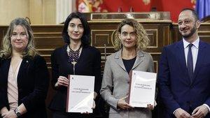 Las presidentas del Senado y del Congreso, Pilar Llop y Meritxell Batet, respectivamente, presentan el Plan de Igualdad de las Cortes.