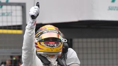 Hamilton aumenta su récord de 'poles' con la de Japón