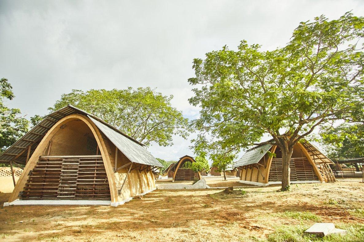 L'arquitectura barcelonina crea al Senegal una escola gaudiniana